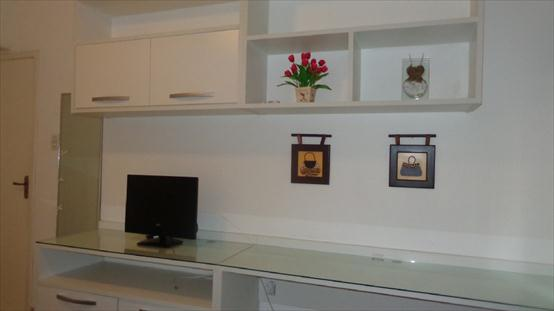 Home theater e Home office quarto